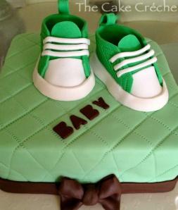 Baby-Shower-Baby-Converse-cake
