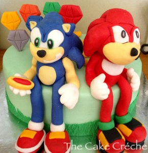 Sonic-and-Knuckles-cake