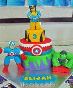 Superhero-Squad-cake
