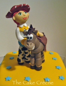 Toy-Story-Jessie-and-Bullseye-fondant-figures